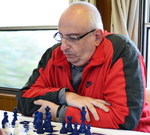 Turkish grandmaster rides to the Alps in chessboard nr. 1
